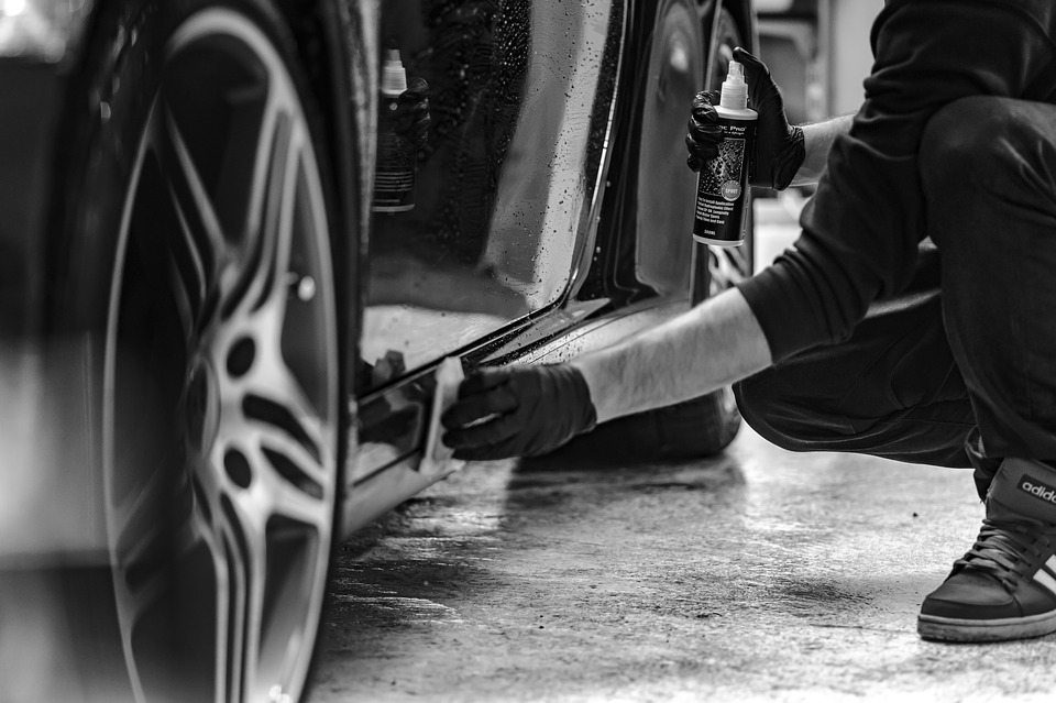 Polishing and Waxing your Vehicle